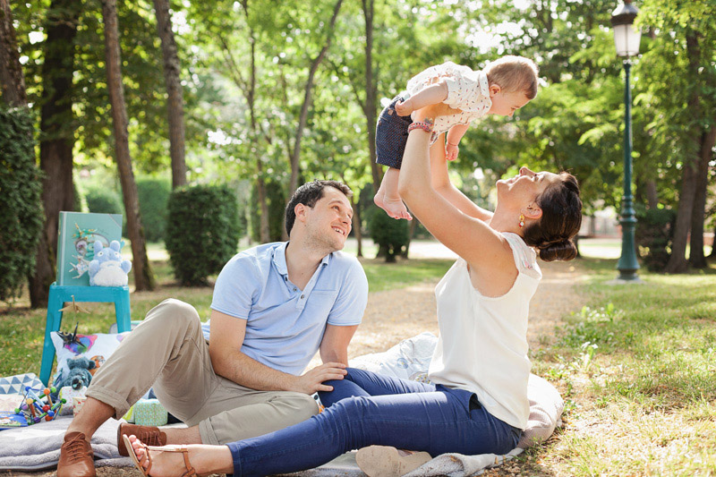Séance photo bébé en famille à Toulouse