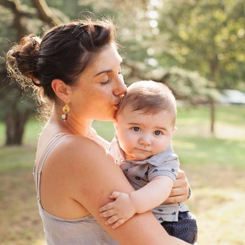 Photographe bébé en extérieur Toulouse