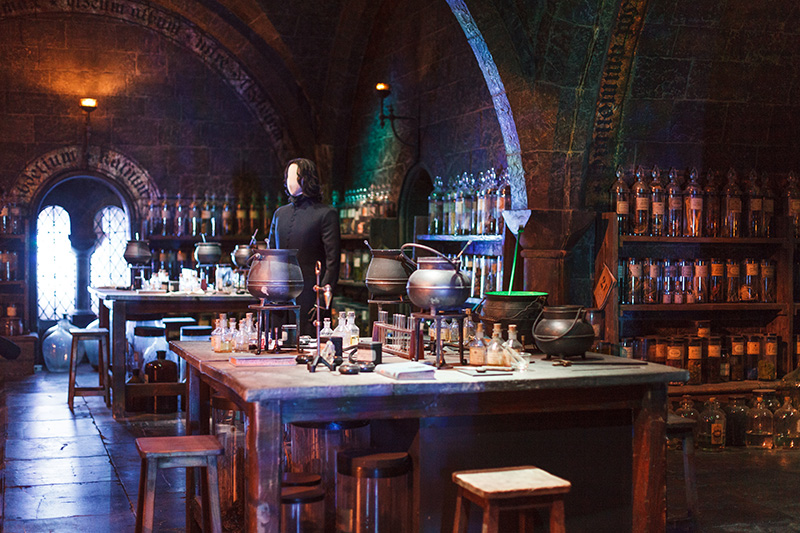 Studio warner bros harry potter londres salle de classe potions